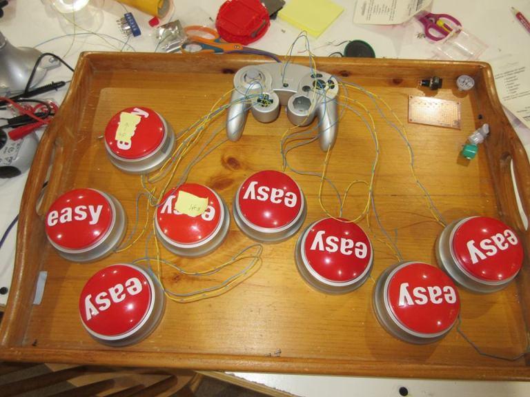 Andosh game controller
