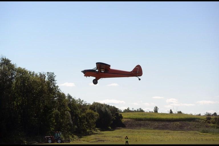 Guelph airpark airplane.jpg